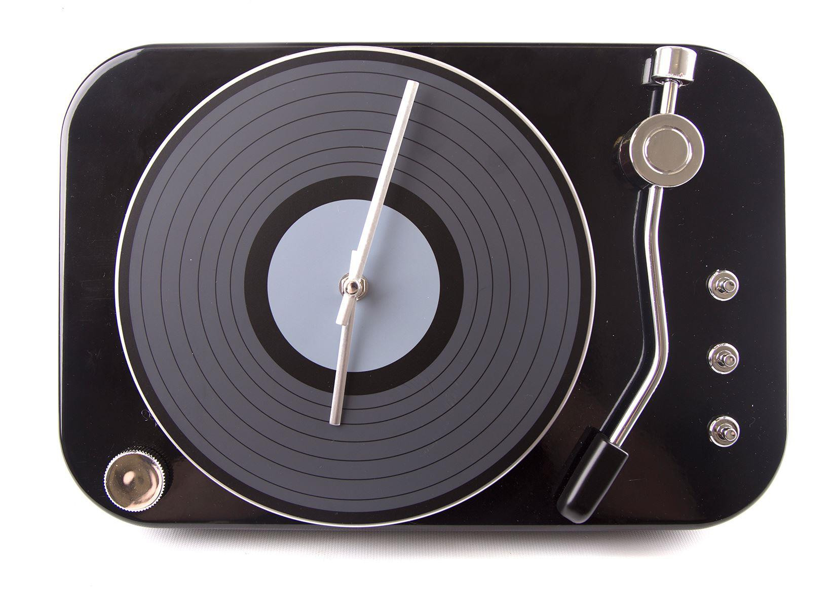 Vintage Retro Metal Turntable Vinyl Record Player Wall