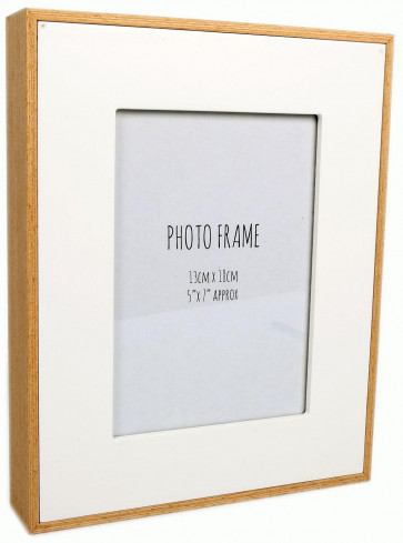 White Wood Edge Photo Frame 5 X 7